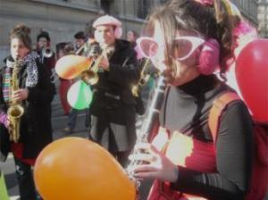 Musicians and Performers at the Carnaval de Paris